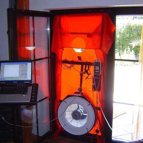 macchina per il blower door test