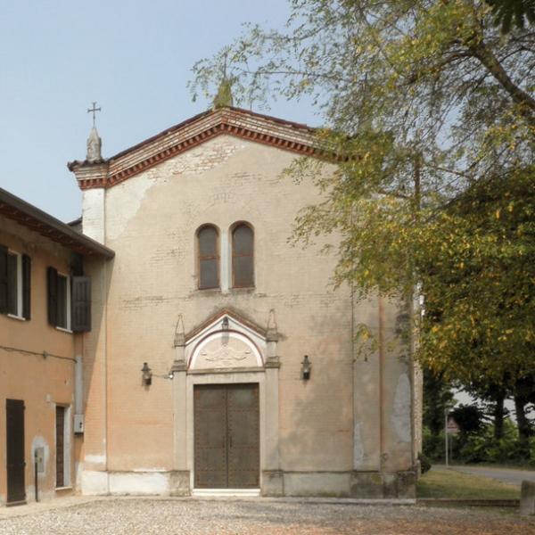 prospetto esterno chiesa